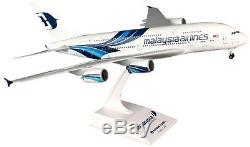 Airplane Malaysia Airlines Airbus A380-800 Desktop 15 Model Aircraft