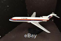 Airplane United Airlines Boeing 727 Wood desktop Model stand Aircraft plane 19