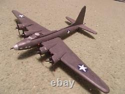 BOEING B-17 FLYING FORTRESS Built and Painted Desktop Display Model