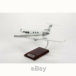 Beechcraft Hawker 200 Private Desk Top Display Model 1/32 Aircraft ES Airplane