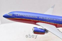 Boeing 737 Southwest Plane Aircraft model Airliner Desk top stand 11 airplane