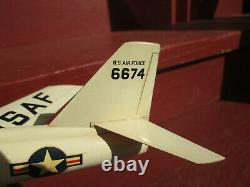 Desktop Airplane Model USAF 6674 X-2, Bell Aircraft X-2 Base with the tip Clean