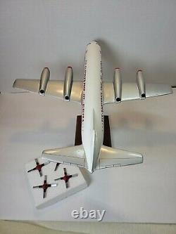 Desktop G3372 Executive Eastern Airlines L-188 Electra 1/72 Model Airplane
