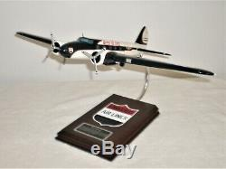 T&M Corp 2007 Desk Top United B-247 Model Aircraft Display 18 Inch Wingspan